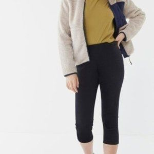 UO Out From Under Velvet High-Rise Crop Leggings
